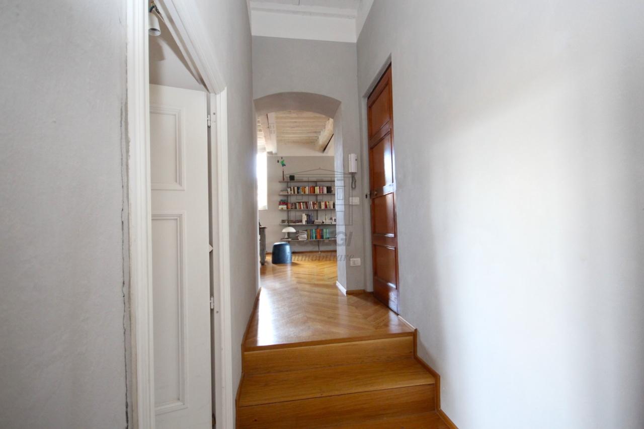Appartamento Lucca Centro storico IA02936 img 13