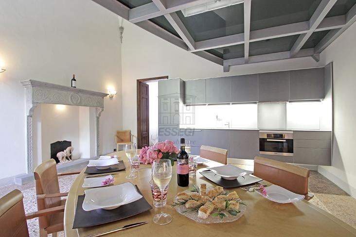 Prestigioso appartamento in Villa Guinigi img 4
