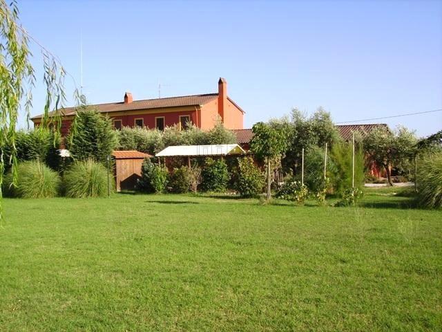 Rustico / Casale in vendita a Montecarlo, 5 locali, prezzo € 450.000 | Cambio Casa.it