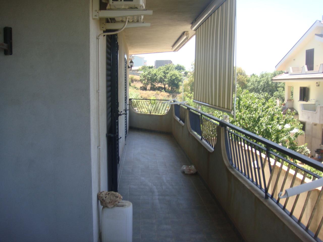 Appartamento in affitto a Campo Calabro, 5 locali, prezzo € 450 | Cambio Casa.it