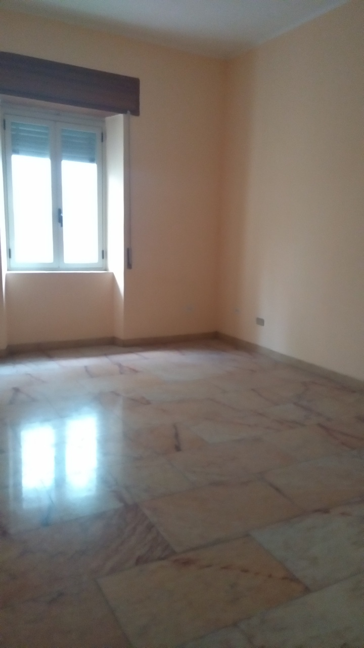 vendita appartamento reggio di calabria   60000 euro  3 locali  100 mq