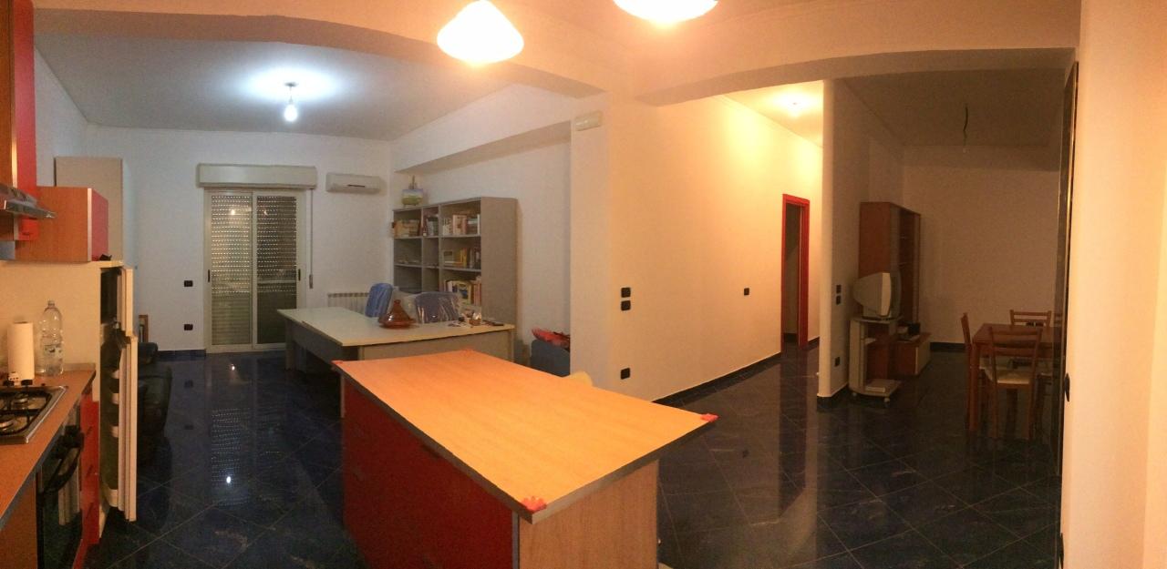 vendita appartamento reggio di calabria   130000 euro  4 locali  130 mq