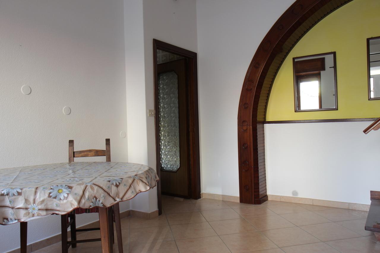 Appartamento in vendita a San Sperate, 4 locali, prezzo € 70.000 | Cambio Casa.it