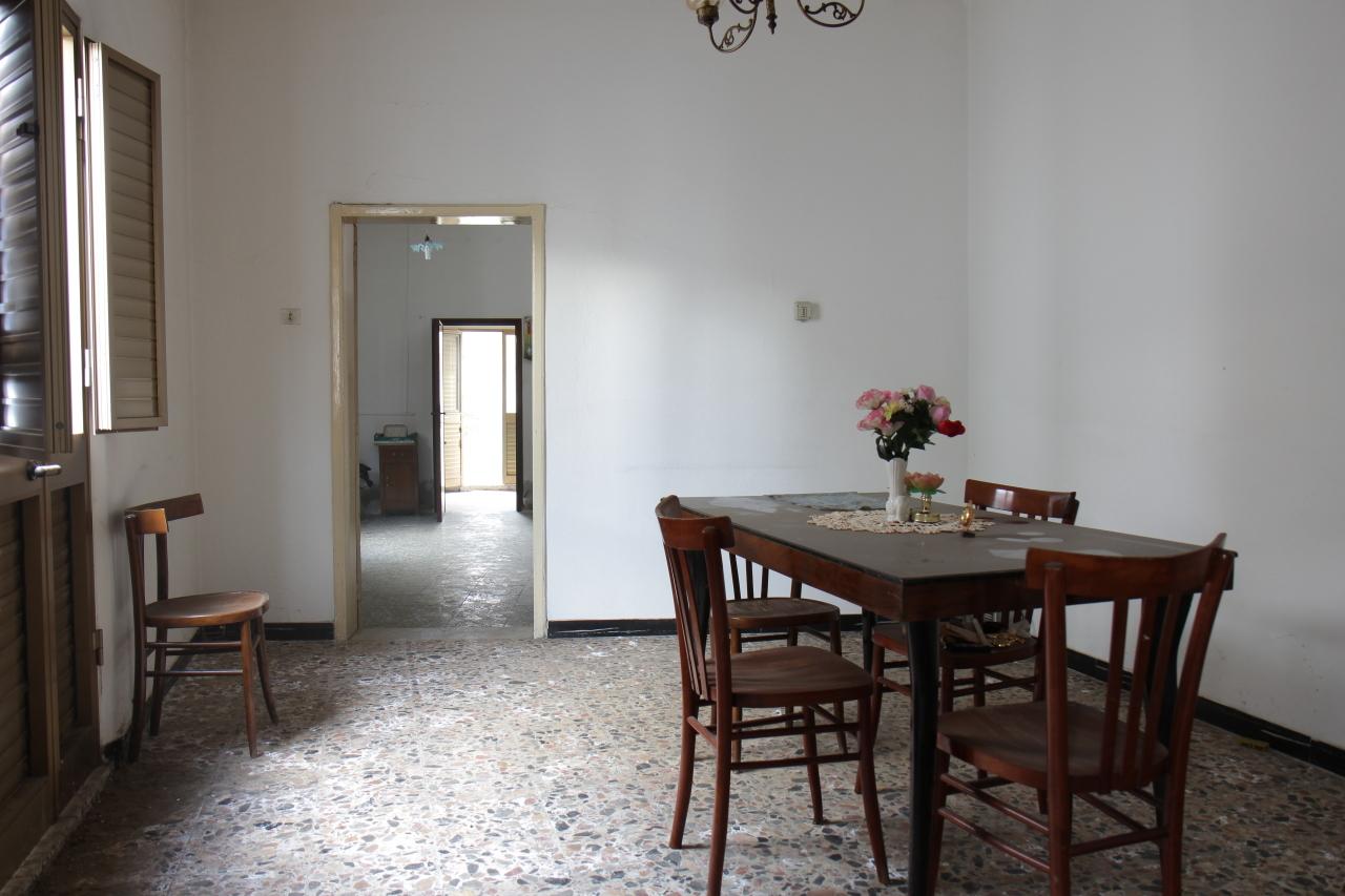 Soluzione Indipendente in vendita a Uta, 4 locali, prezzo € 65.000 | CambioCasa.it