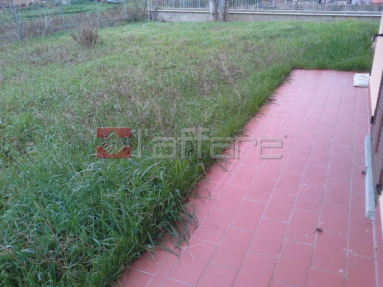 Villa in vendita a Crespina Lorenzana, 7 locali, prezzo € 470.000 | Cambio Casa.it
