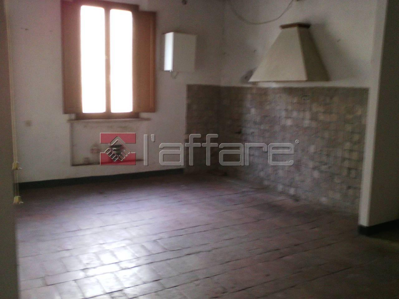 Appartamento in vendita a Fauglia, 2 locali, prezzo € 38.000 | Cambio Casa.it