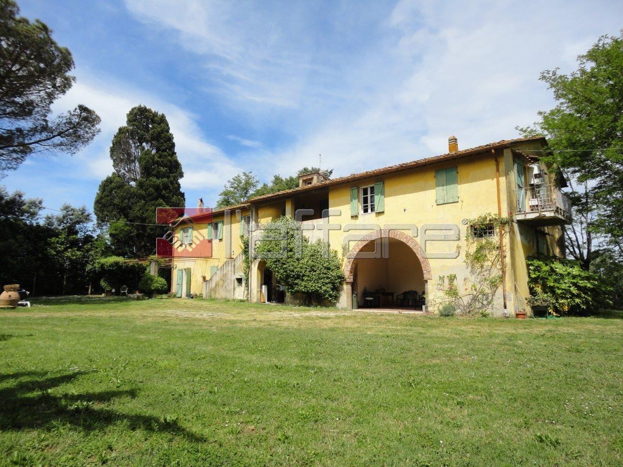 Rustico / Casale in vendita a Fauglia, 10 locali, prezzo € 1.400.000 | CambioCasa.it