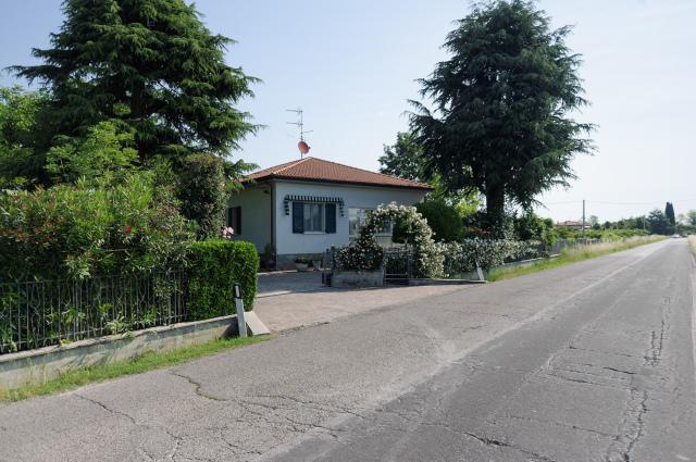 Vai alla scheda: Casa indipendente Vendita - Cesena (FC) - Codice -3262