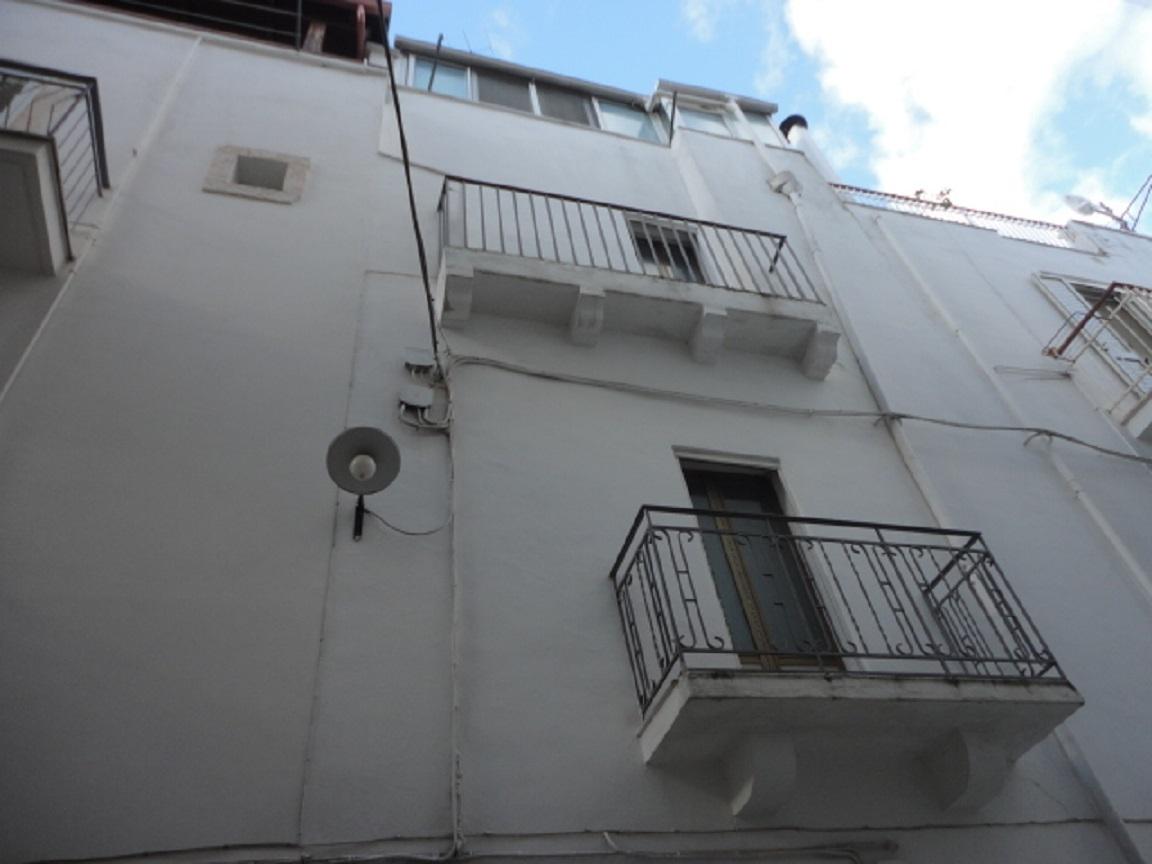 Casa indipendente in vendita a Castellana Grotte (BA)