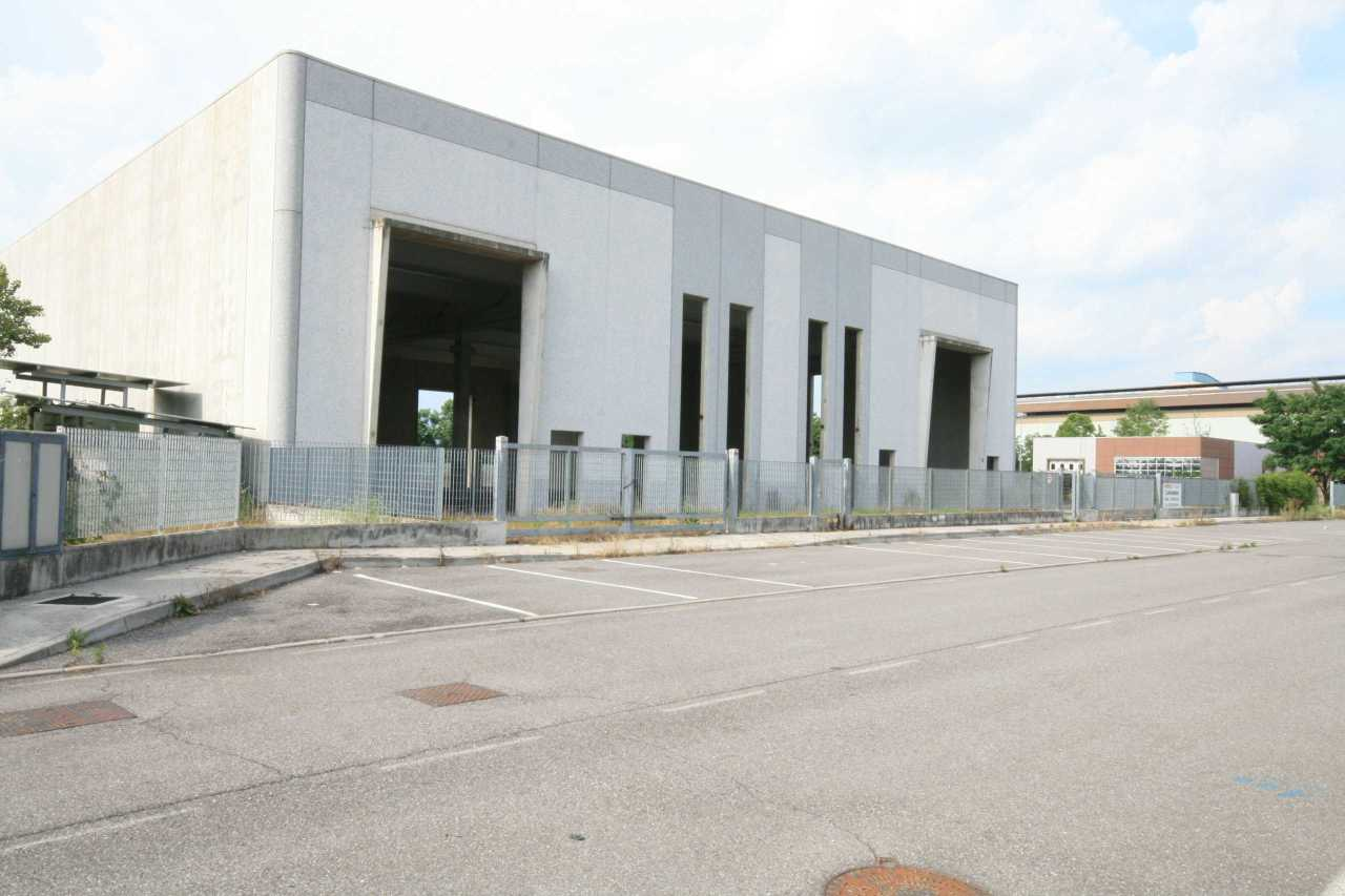 Capannone in vendita a Montirone, 3 locali, prezzo € 400.000   CambioCasa.it