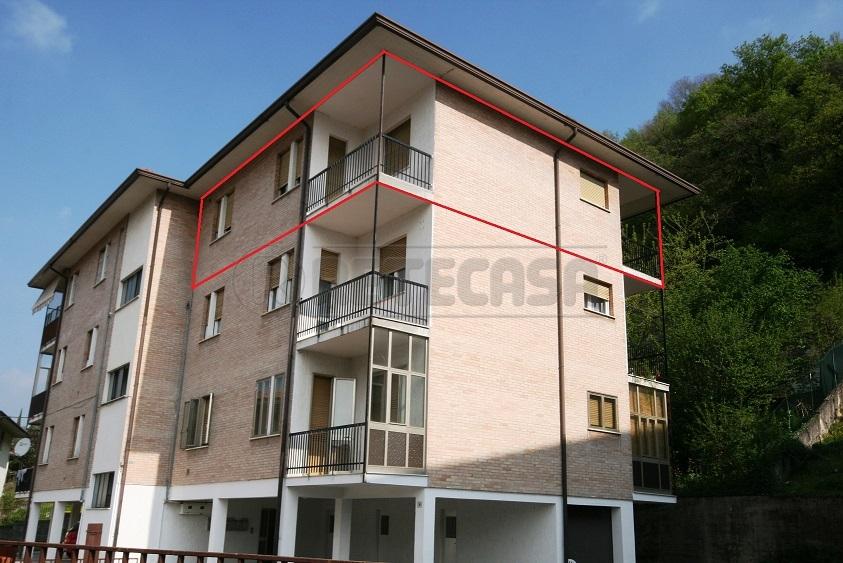 Appartamento in vendita a Chiampo, 5 locali, prezzo € 85.000 | Cambio Casa.it