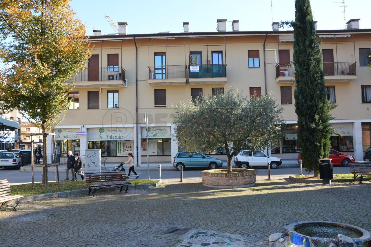 Bilocale Cervignano del Friuli Via Roma  52 2