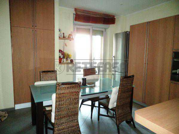Appartamento in affitto a Ancona, 5 locali, prezzo € 800 | Cambio Casa.it