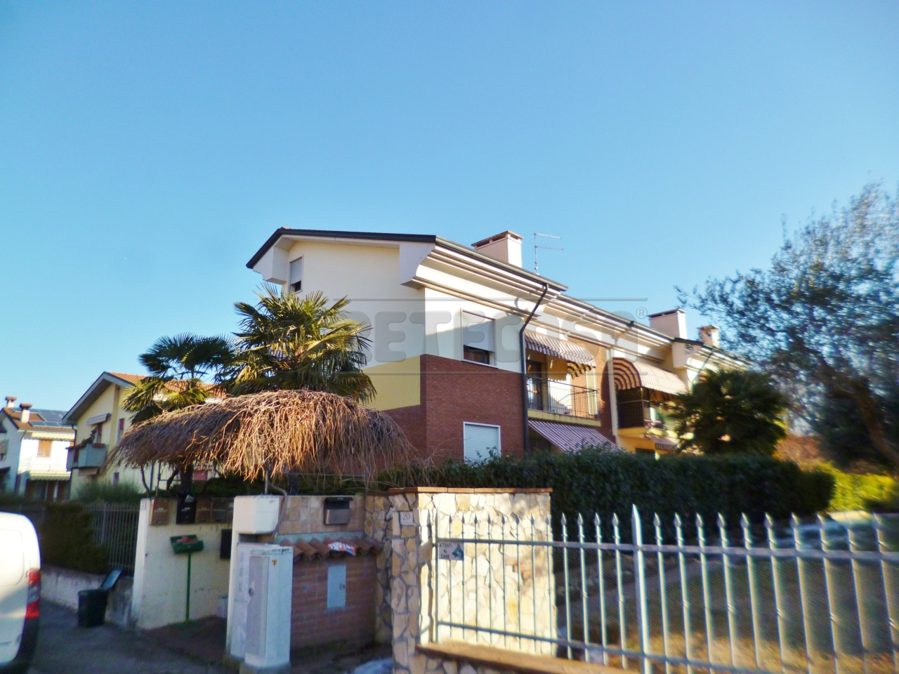 Appartamento in Vendita a Montebello Vicentino