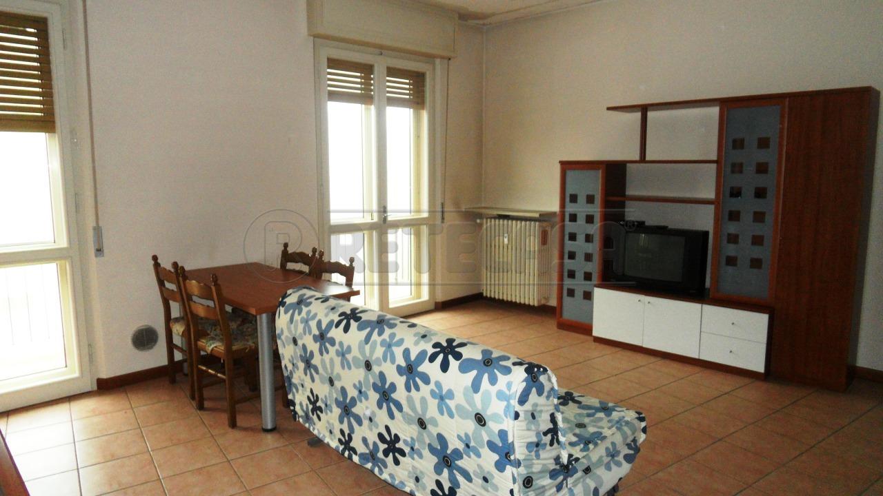 Bilocale Mantova Via Albertoni 3