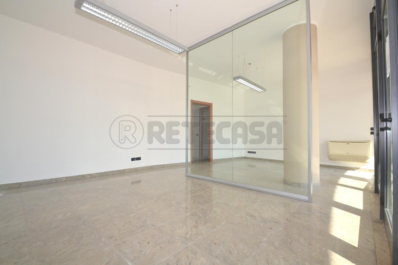 Ufficio in affitto a valdagno di 50mq c321 retecasa for Cerco ufficio in affitto