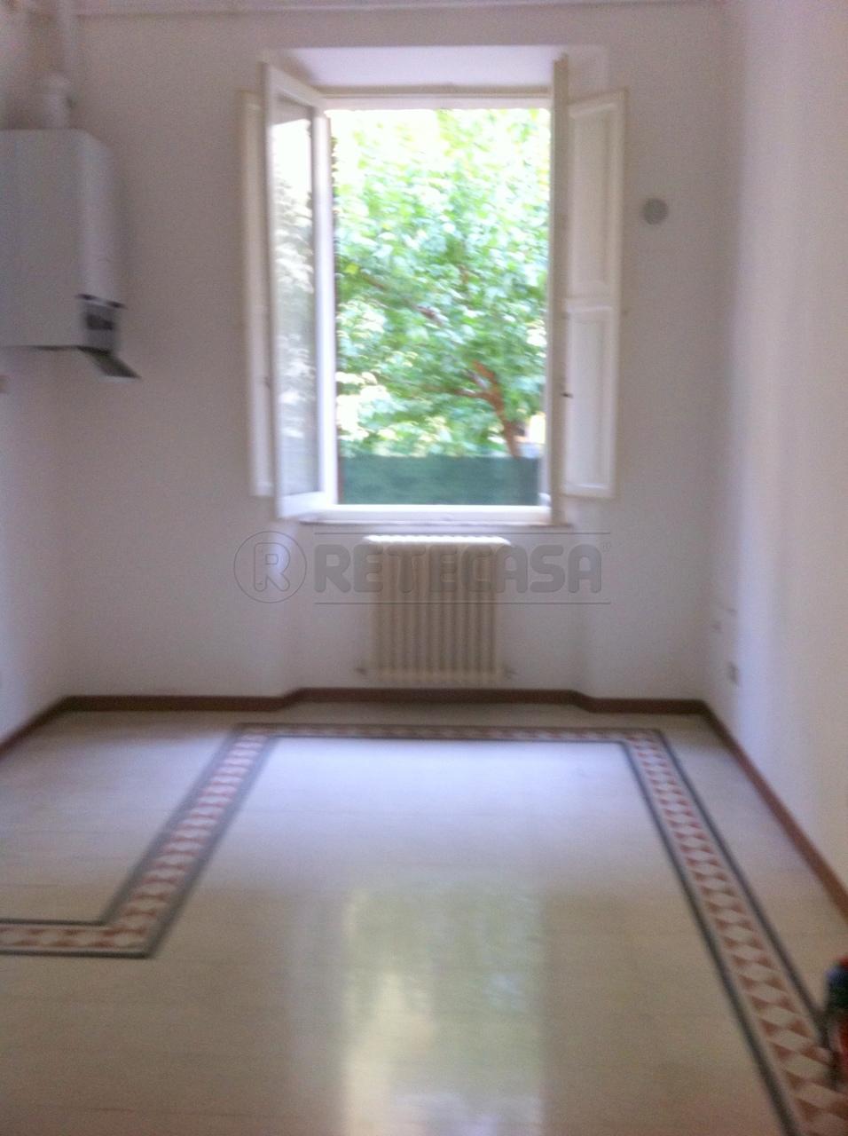 Appartamento in affitto a Ancona, 4 locali, prezzo € 520 | Cambio Casa.it