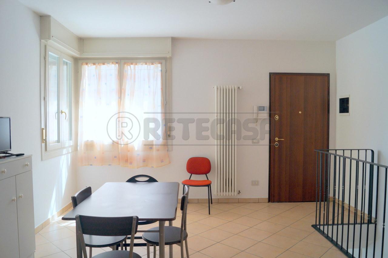 Appartamento, 93 Mq, Affitto - Mantova (Mantova)