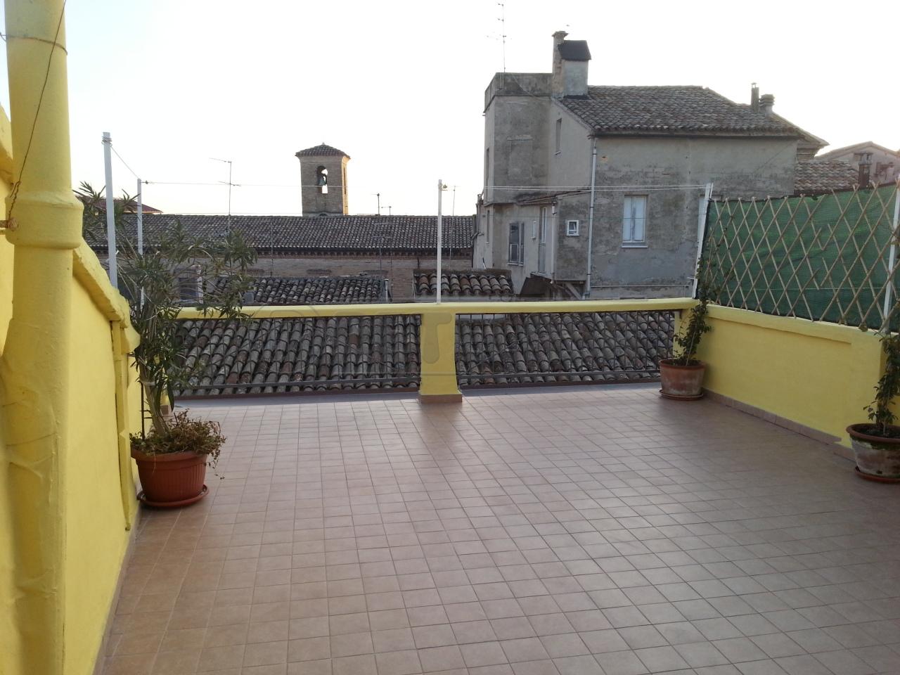 Soluzione Indipendente in vendita a Osimo, 5 locali, prezzo € 135.000   Cambio Casa.it