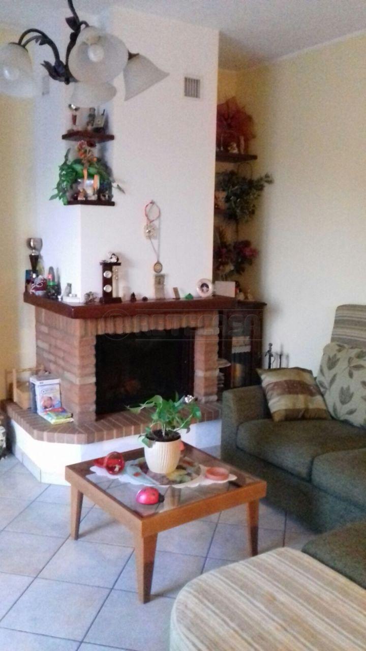 Appartamento in vendita a Senigallia, 4 locali, prezzo € 200.000 | Cambio Casa.it