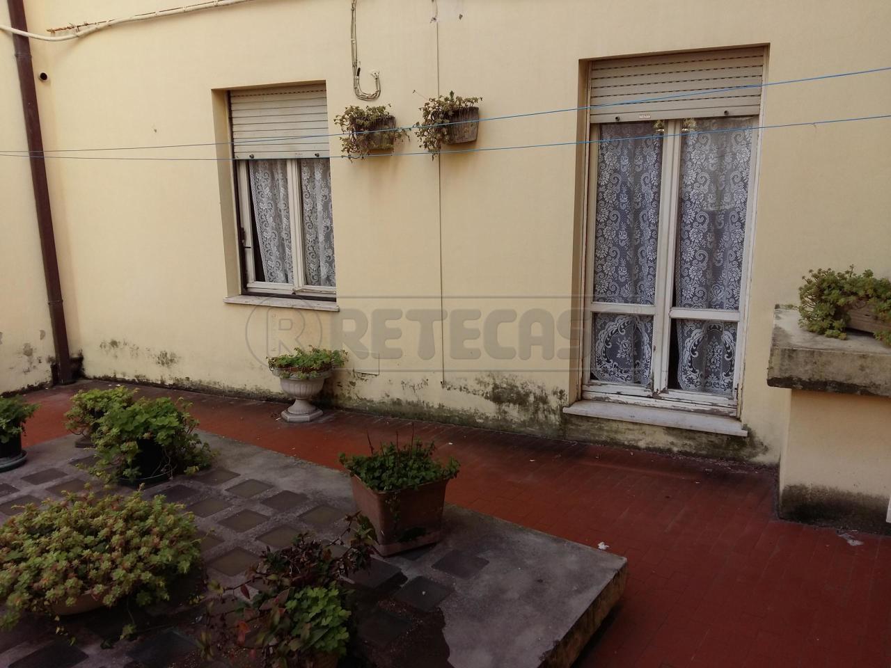 Bilocale Ancona Via De Gasperi 7