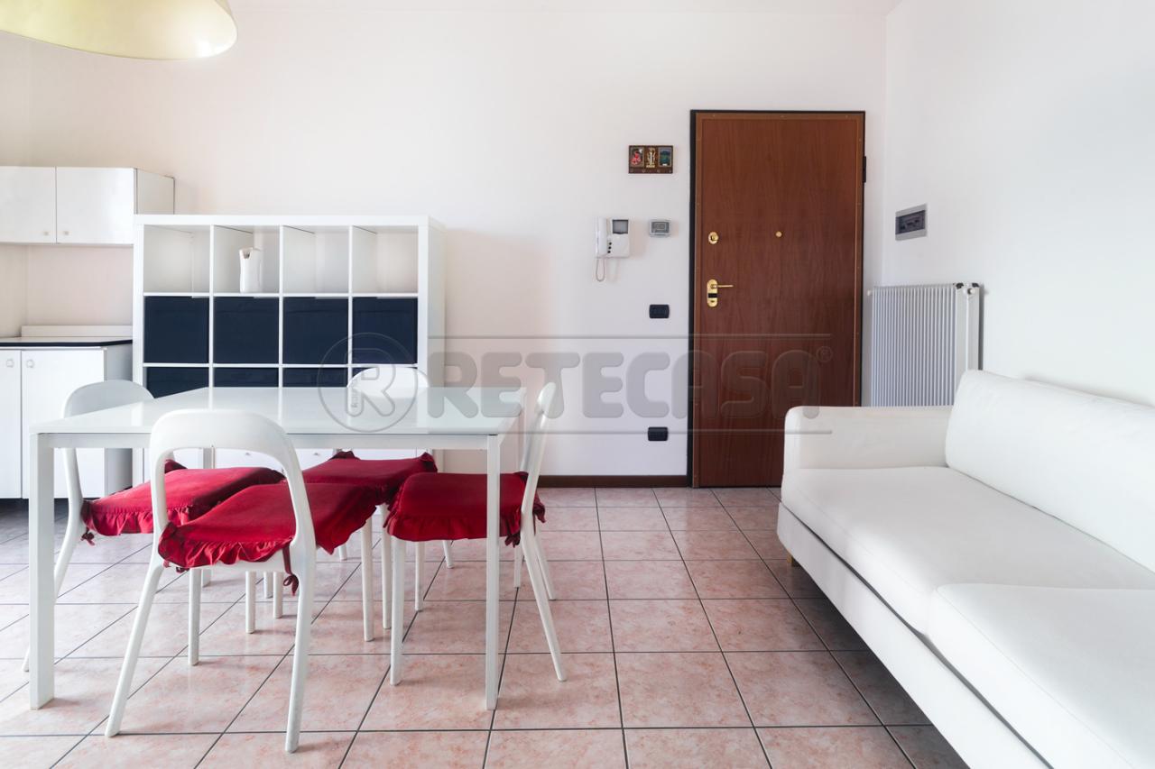 Appartamento in vendita a Carmignano di Brenta, 2 locali, prezzo € 65.000 | Cambio Casa.it