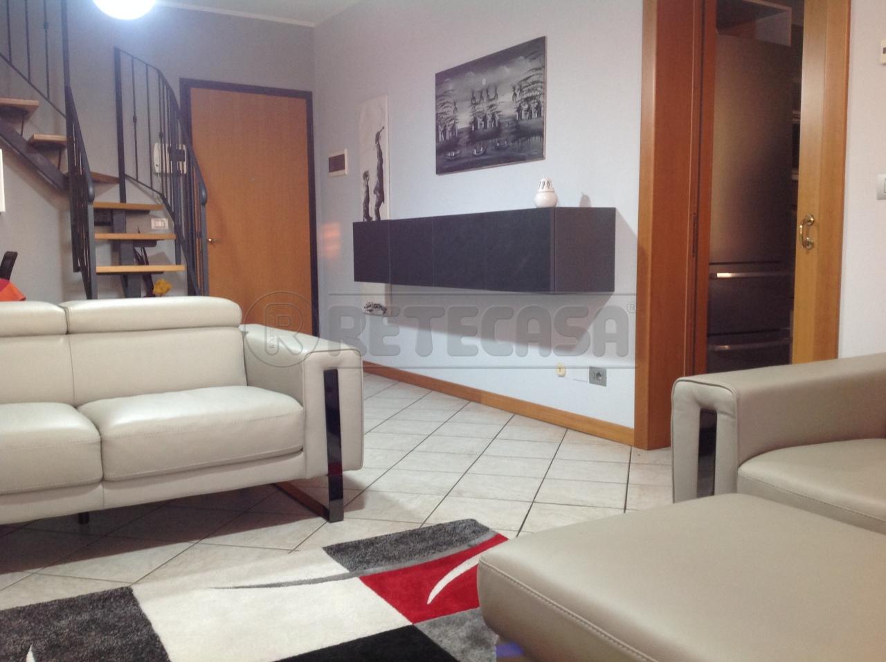 Attico / Mansarda in vendita a San Giorgio di Mantova, 5 locali, prezzo € 143.000 | Cambio Casa.it