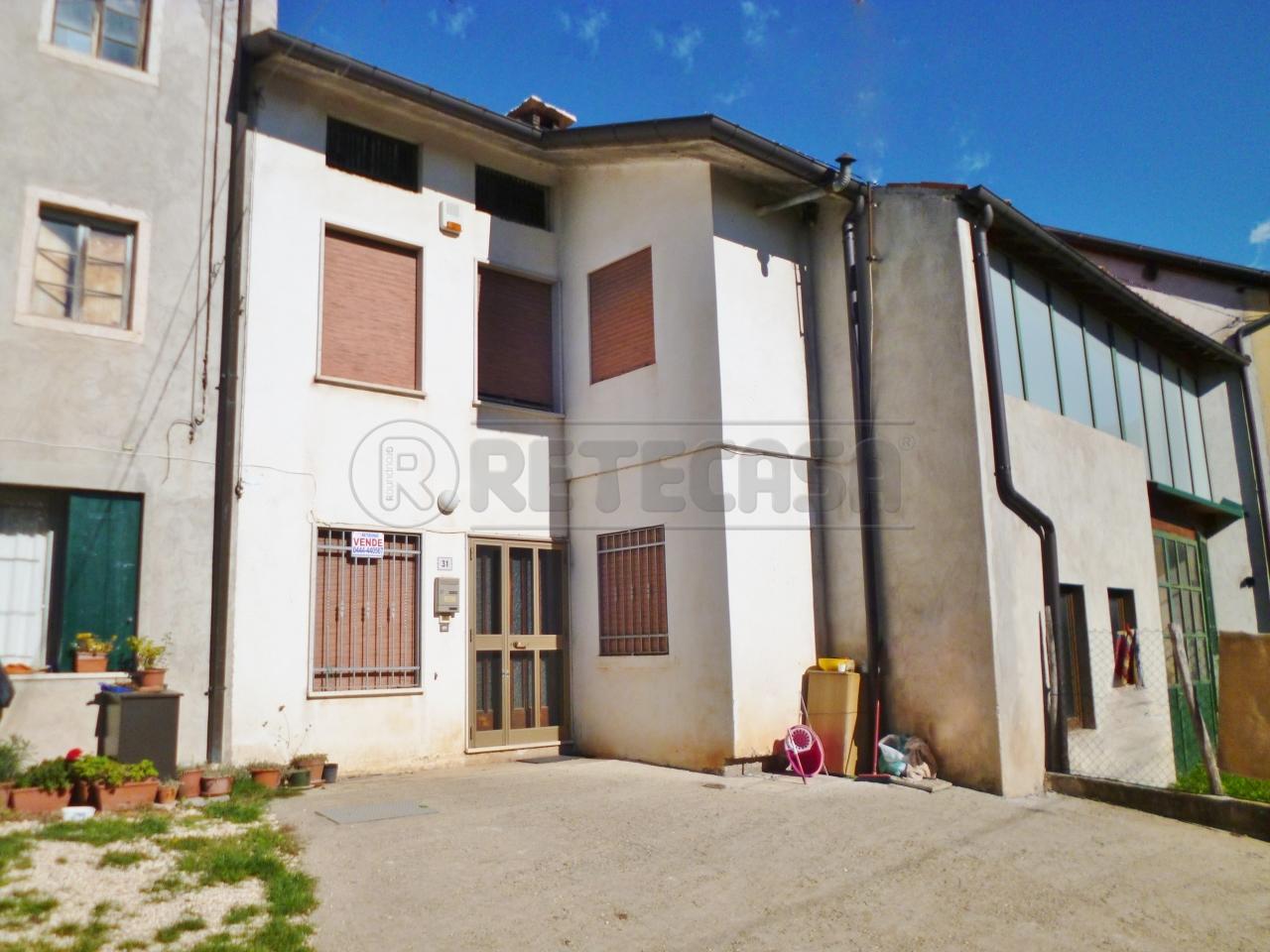 Soluzione Semindipendente in vendita a Nogarole Vicentino, 9999 locali, prezzo € 35.000 | Cambio Casa.it