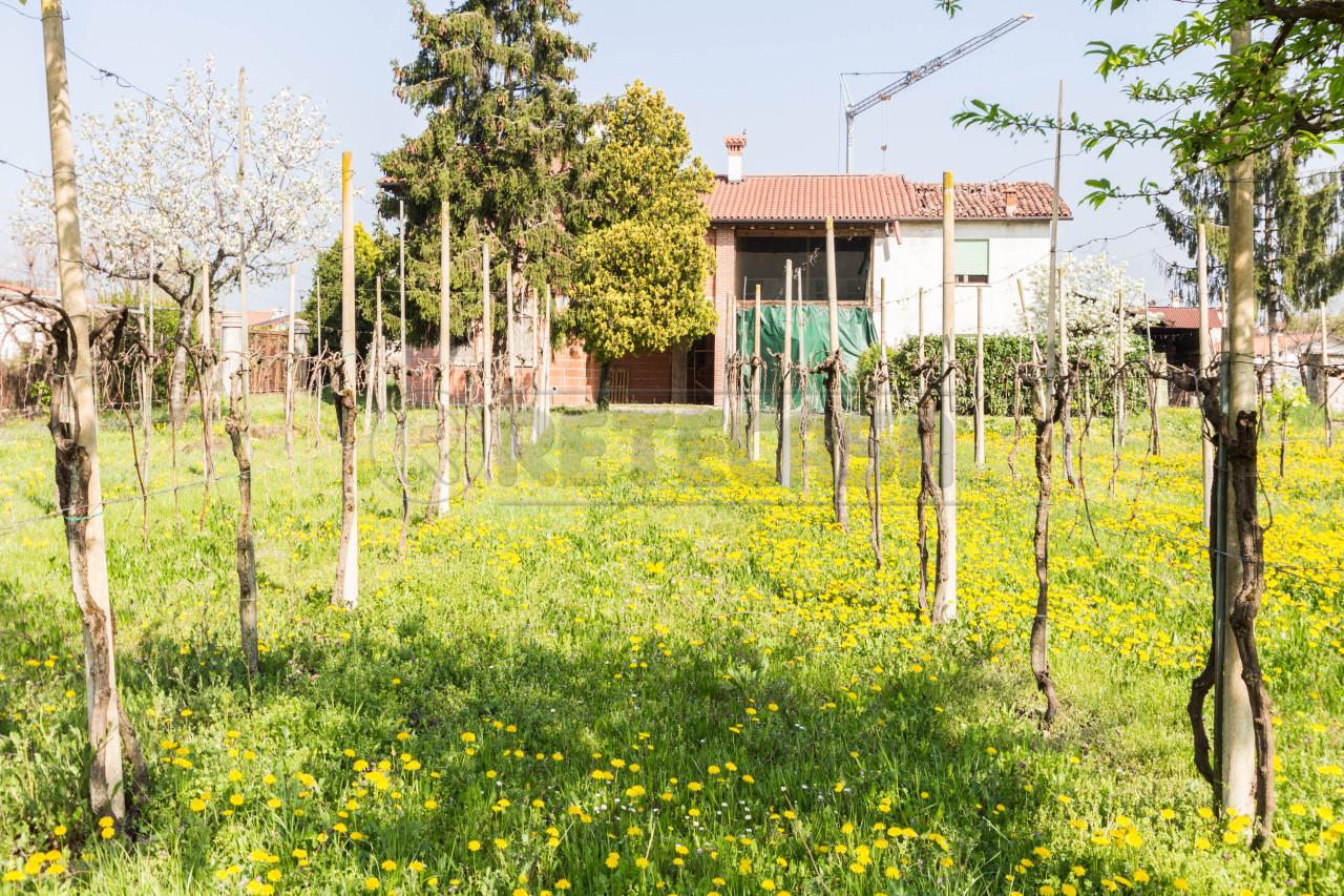 Villa in vendita a Breganze, 7 locali, prezzo € 360.000 | Cambio Casa.it
