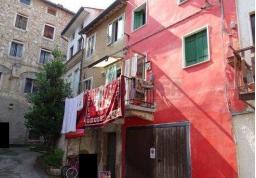 mansarda sottotetto soffitta solaio vendita piovene rocchette di metri quadrati 125 prezzo 19500 rif asta2106