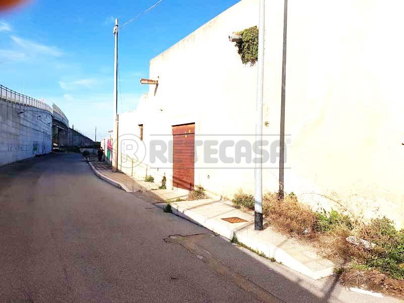 Soluzione Indipendente in vendita a Bisceglie, 7 locali, prezzo € 350.000 | Cambio Casa.it