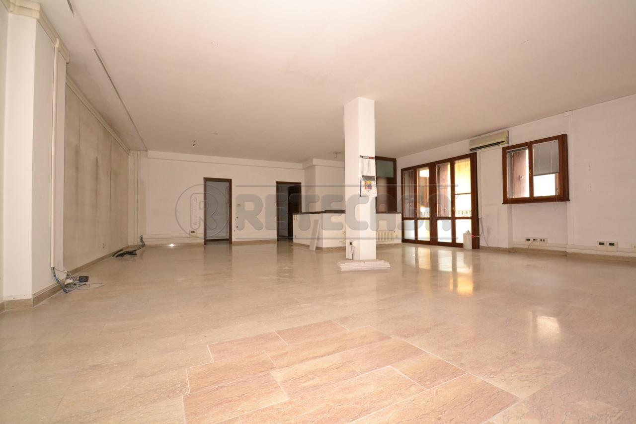Appartamento in vendita a Valdagno, 5 locali, prezzo € 135.000   Cambio Casa.it