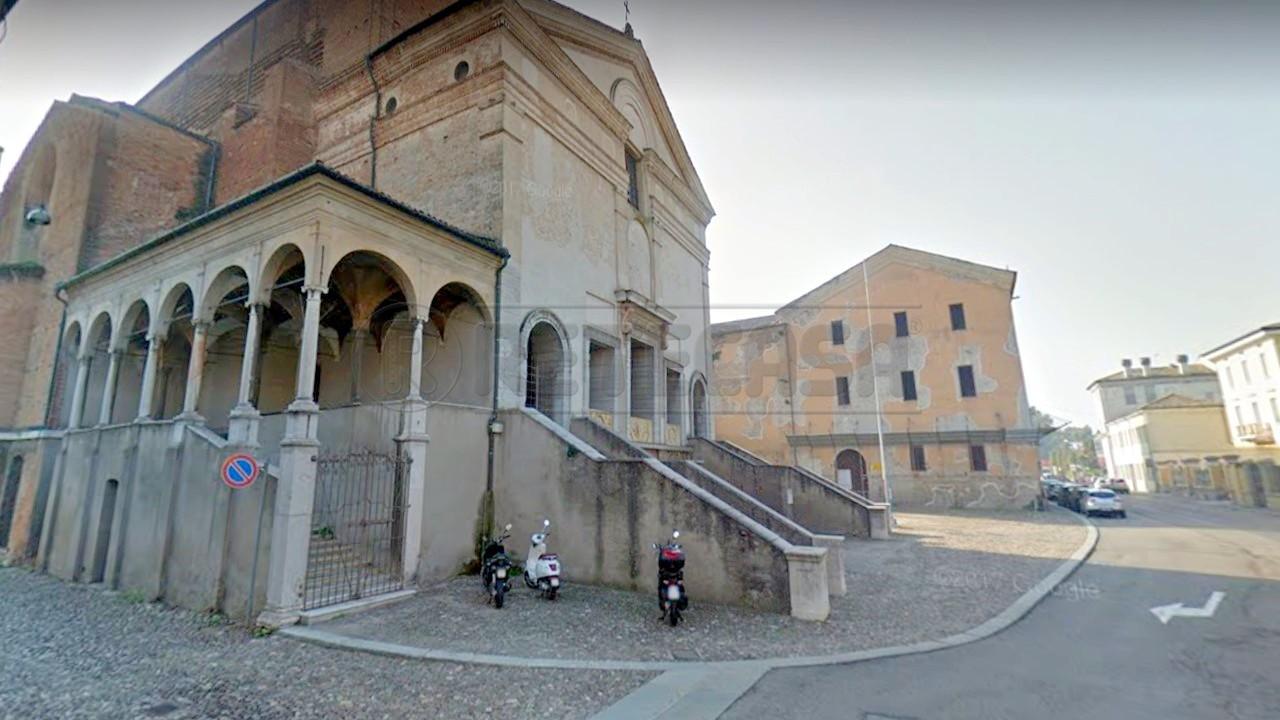 Appartamento quadrilocale in vendita a Mantova (MN)