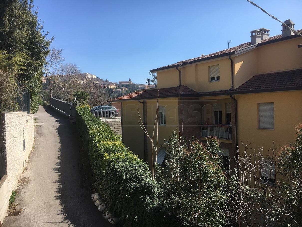 Appartamento in vendita a Perugia, 3 locali, prezzo € 83.000 | Cambio Casa.it