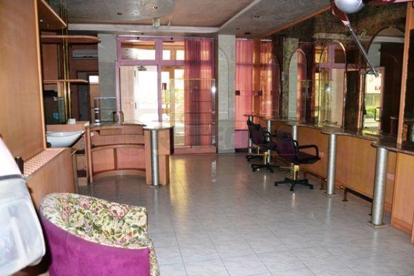 Negozio / Locale in vendita a Monfalcone, 2 locali, prezzo € 60.000 | Cambio Casa.it