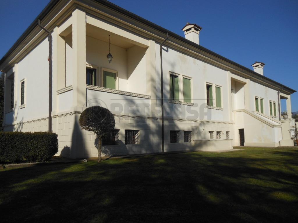 Villa in affitto a Cartigliano, 7 locali, prezzo € 1.200 | Cambio Casa.it