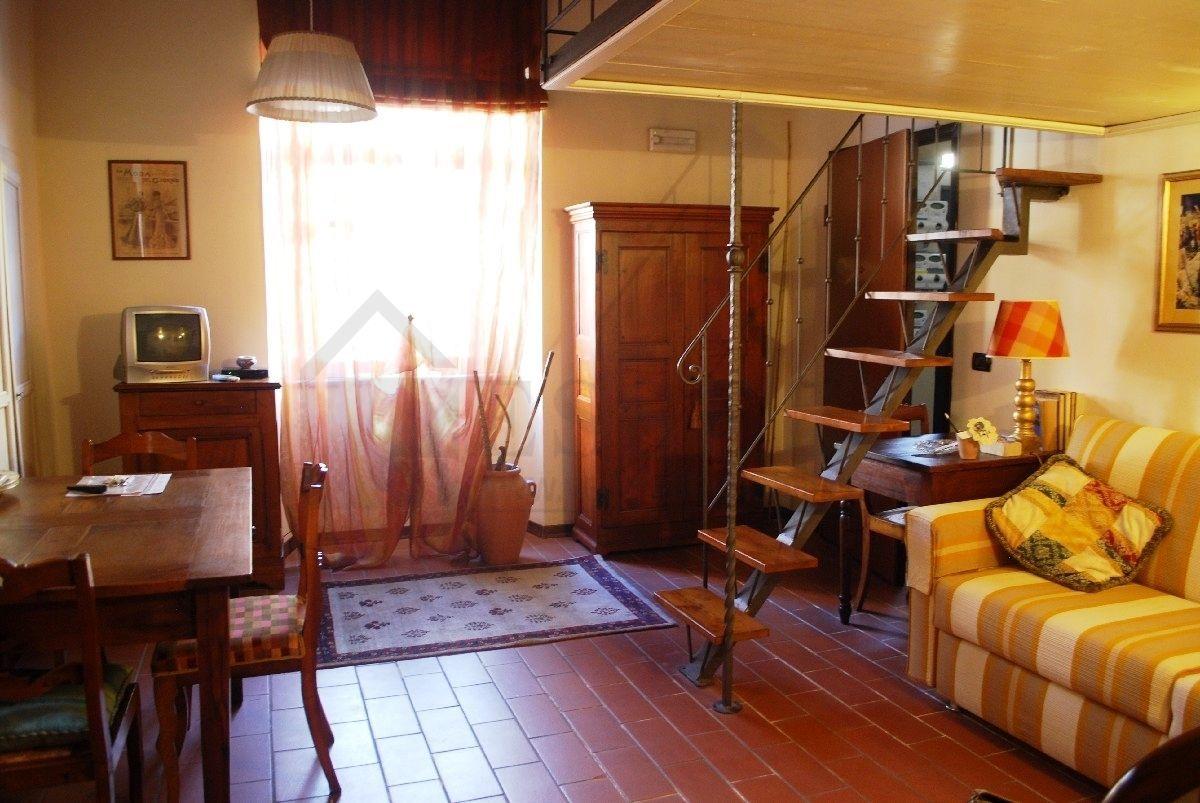 Ufficio / Studio in vendita a Pietrasanta, 2 locali, prezzo € 195.000 | Cambio Casa.it