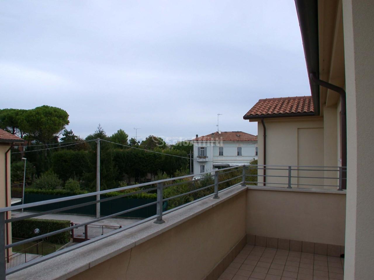 Bilocale Fano Via Mezio Agostini 9
