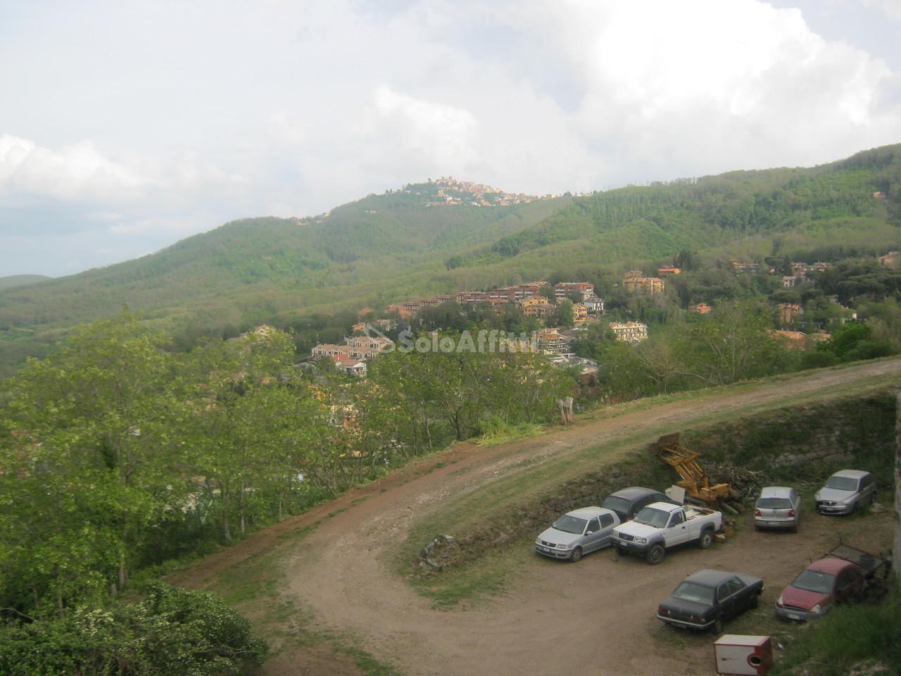 Bilocale Monte Compatri Via Cavour 74 12