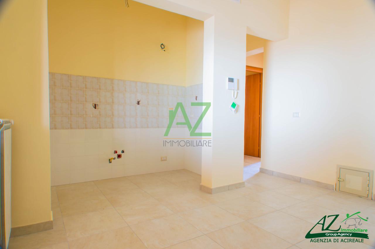 Appartamento in vendita a Aci Sant'Antonio, 2 locali, prezzo € 68.000 | Cambio Casa.it