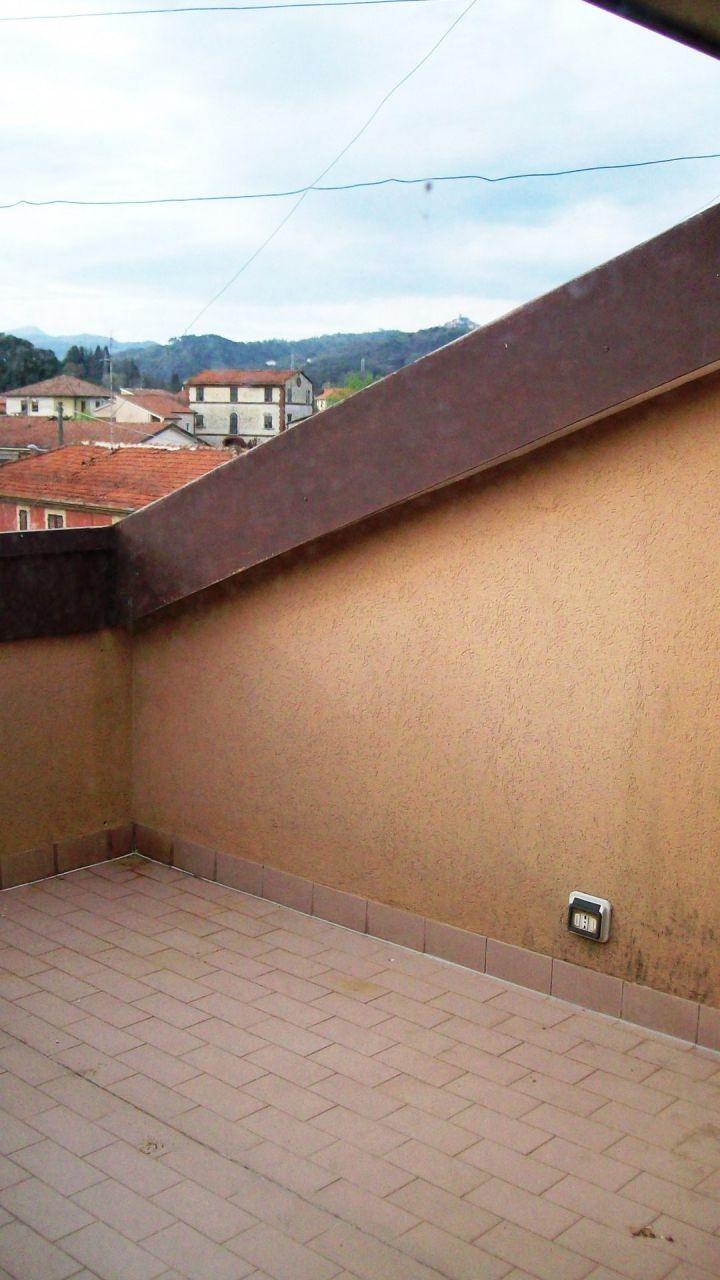 Bilocale Sarzana Via Falcinello 9