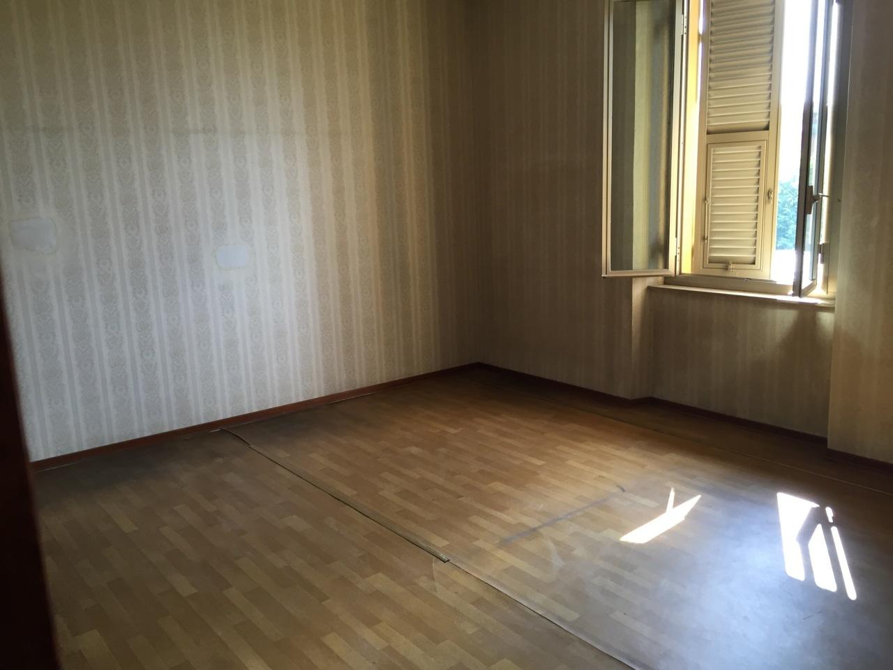 Appartamento in vendita a Parma, 3 locali, prezzo € 75.000 | Cambio Casa.it