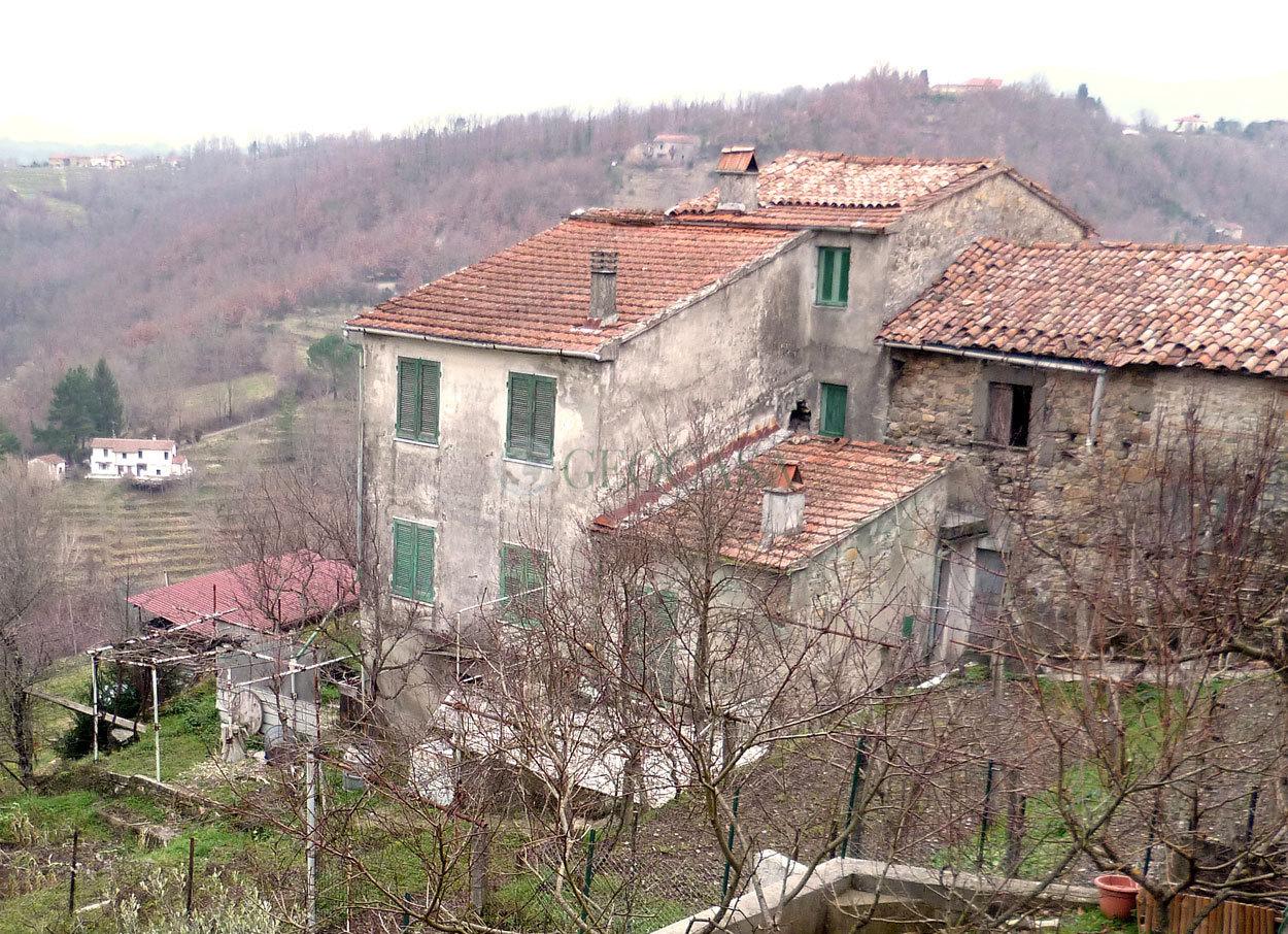 Rustico / Casale in vendita a Aulla, 5 locali, prezzo € 65.000 | Cambio Casa.it