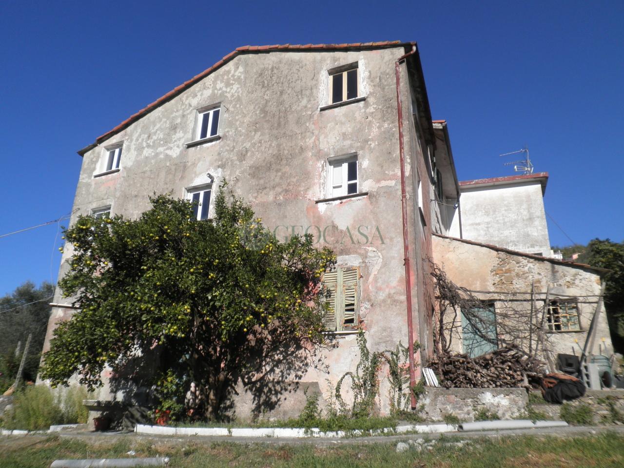 Rustico / Casale in vendita a La Spezia, 5 locali, prezzo € 50.000 | CambioCasa.it