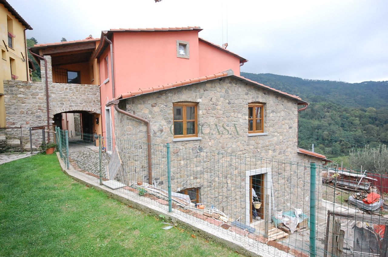 Bilocale Castelnuovo Magra  2