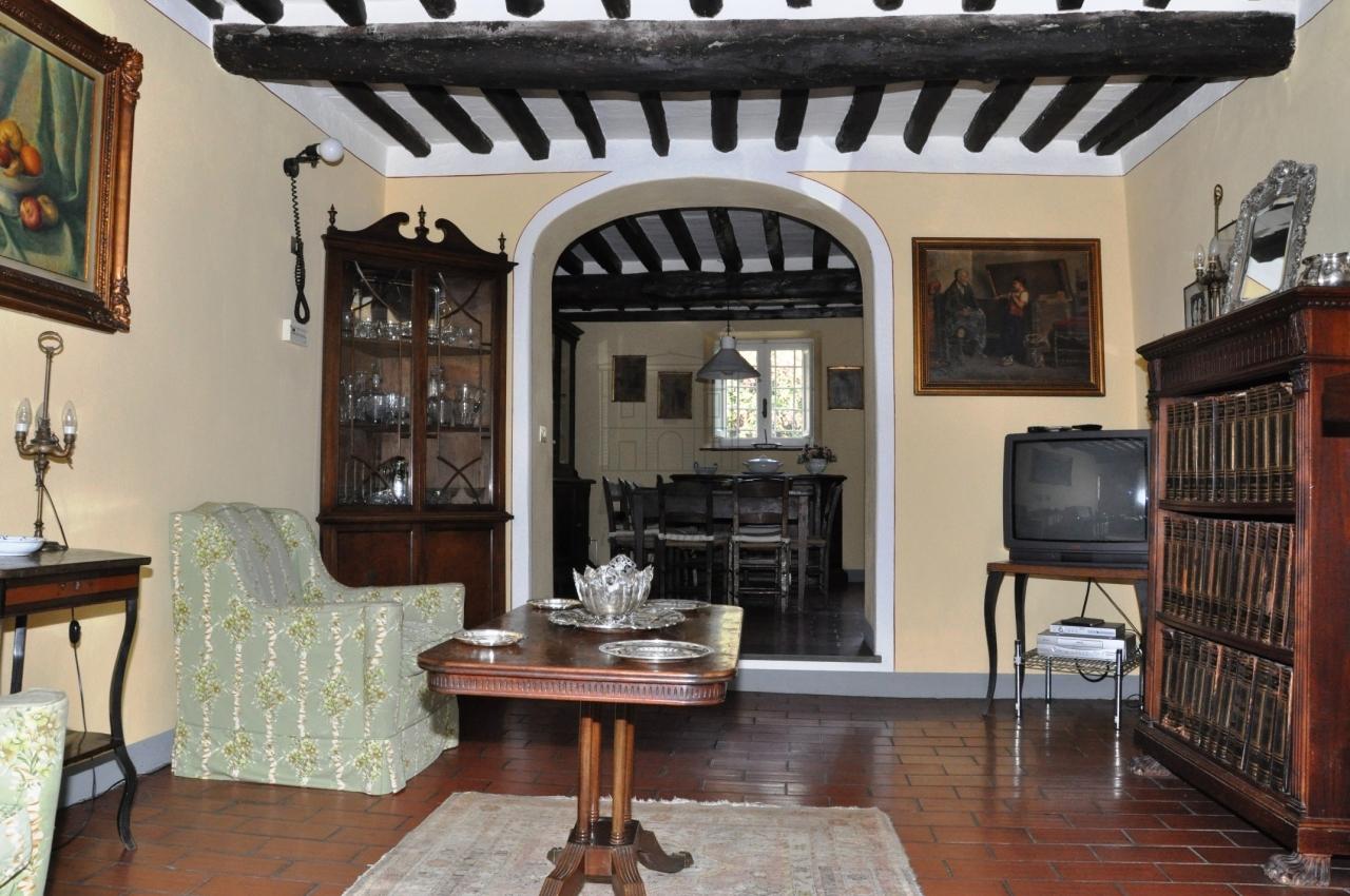 Casa colonica Lucca Arsina IA02766 img 12