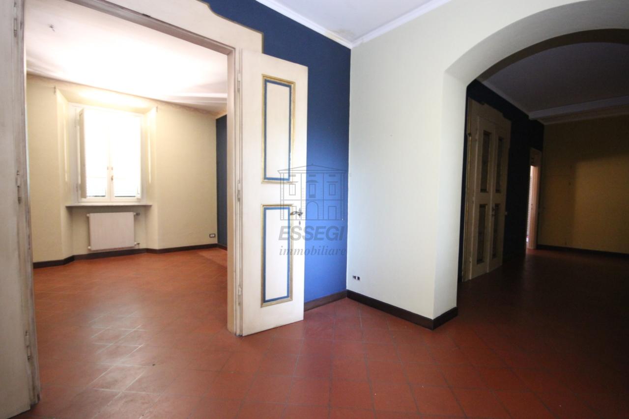 Appartamento Lucca Centro storico IA01519 img 13