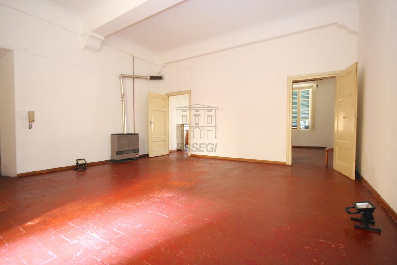Appartamento Lucca Centro storico IA02855 img 4