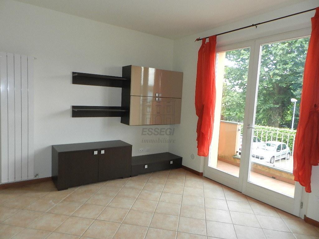 affitto appartamento lucca   650 euro  3 locali  65 mq