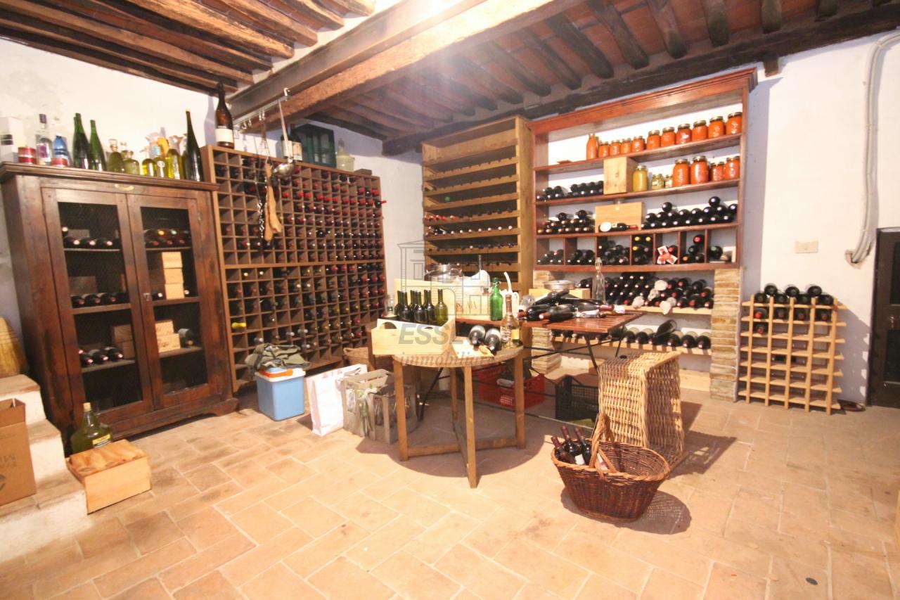 Appartamento Lucca Centro storico IA03053 img 20